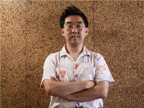 화학 영재였던 그는 왜 음악을 선택했을까…작곡가 김택수