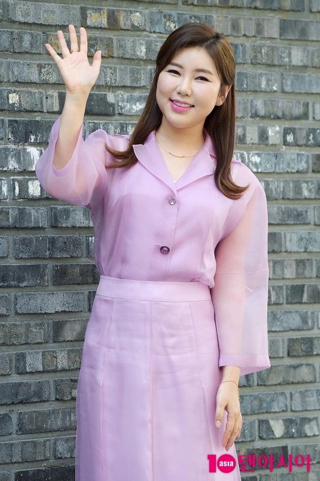 [TV텐] 송가인 '핑크빛 여신 가인이어라~'
