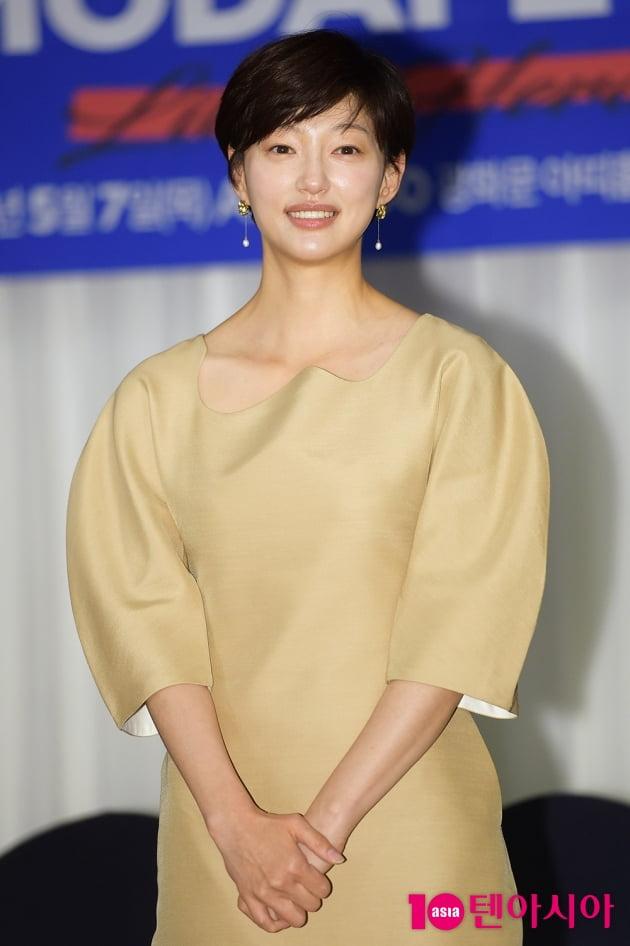 [TEN 포토] 이엘 '출구 없는 매력'