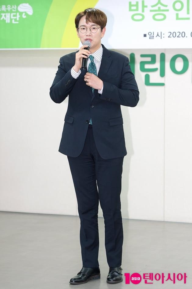 [TEN 포토] 장성규 '어린이들에게 힘이 될게요'