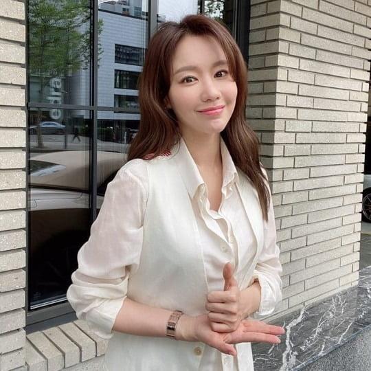 김아중이 '덕분에 챌린지'에 동참했다. / 사진=김아중 인스타그램