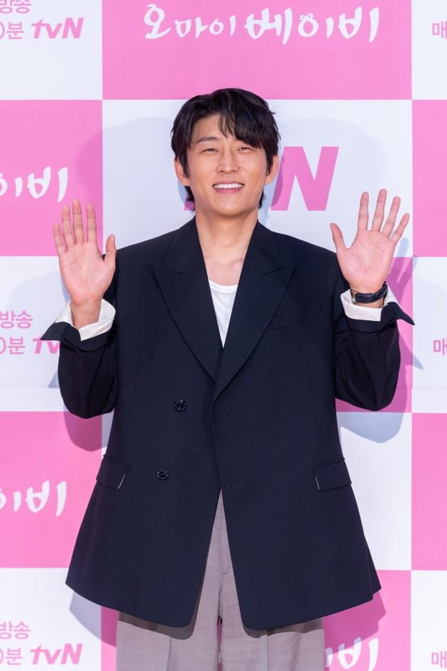 [TEN 포토] '오 마이 베이비' 고준, '조각 미남의 햇살 미소'