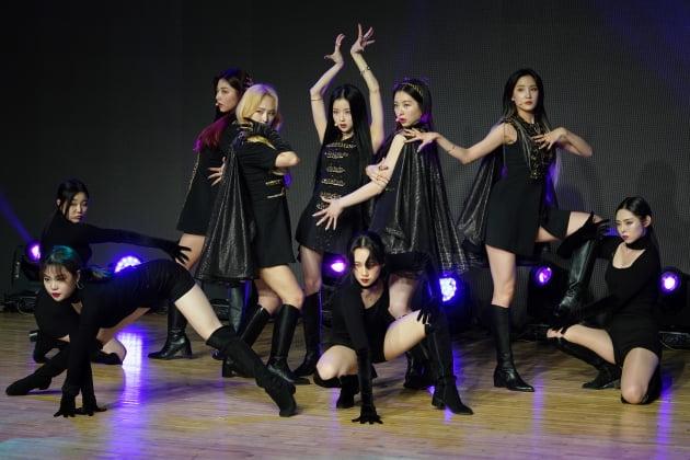 [TEN 포토] 밴디트 '유연한 안무'