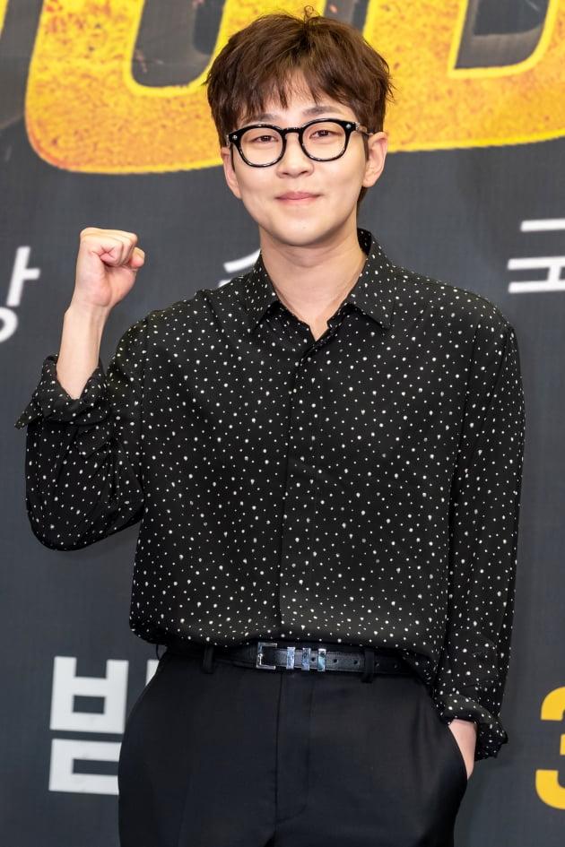 [TEN 포토] 딘딘 '굿걸의 MC'