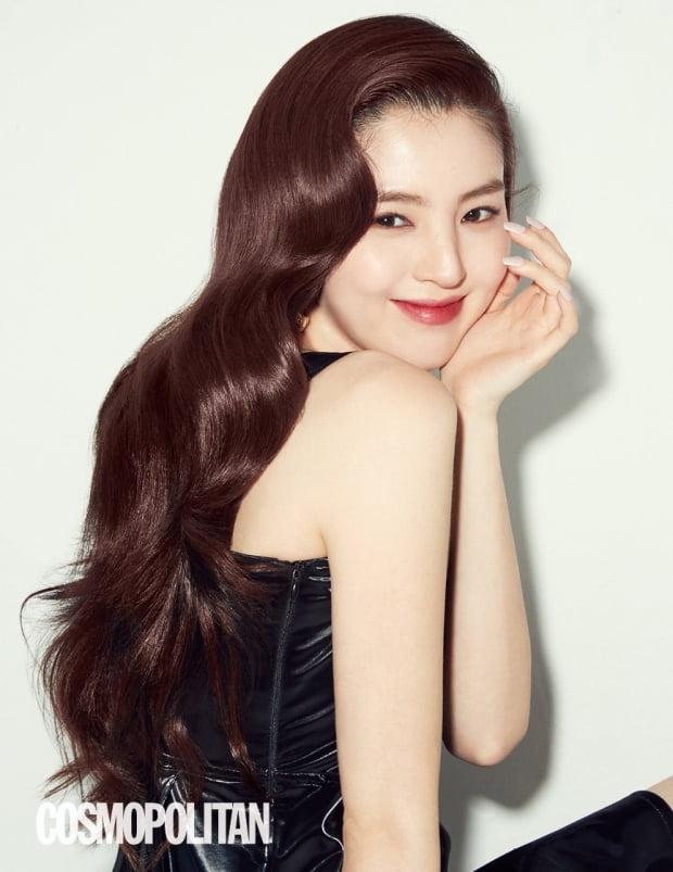 JTBC '부부의 세계'에 출연 중인 배우 한소희 / 사진제공=코스모폴리탄