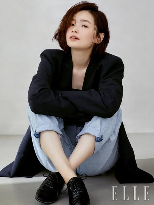 배우 전미도 화보 / 사진제공=엘르