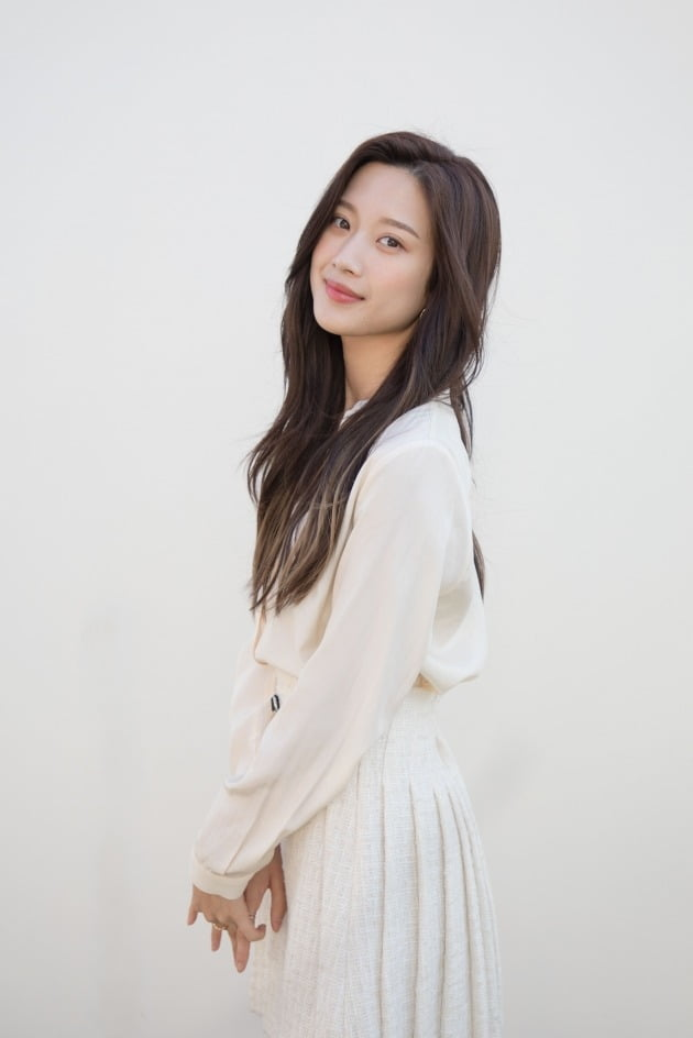MBC 수목드라마 '그 남자의 기억법'에서 라이징 스타 여하진 역을 맡은 배우 문가영./사진제공=키이스트