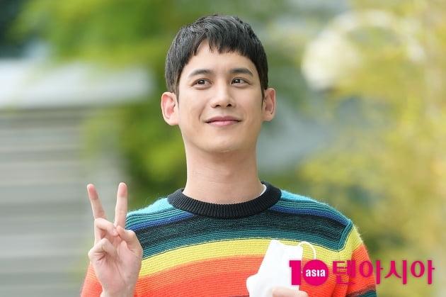 [TEN 포토] '꼰대인턴' 박기웅, '깊은 눈동자'