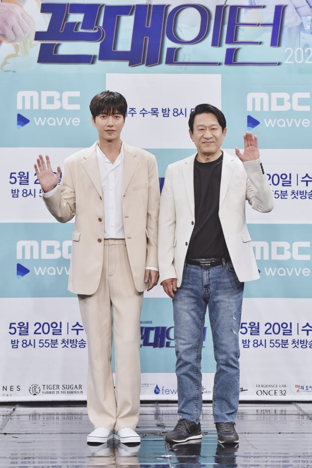 [TEN 포토] '꼰대인턴' 박해진X김응수, '멋진 두 남자'