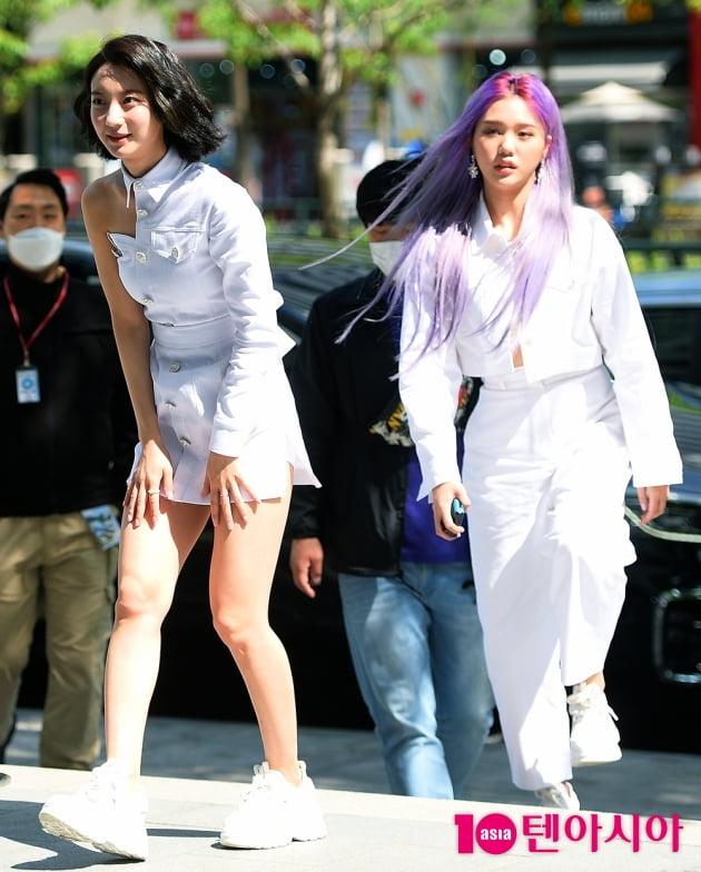 [TEN 포토] 오마이걸 비니X미미 '예쁨 한가득'