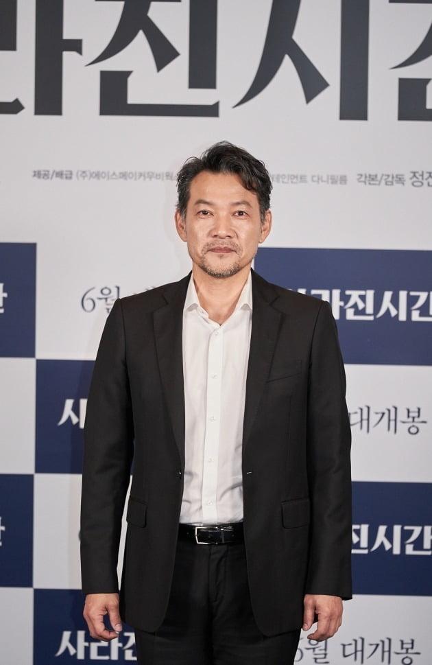 21일 오전 열린 영화 '사라진 시간'의 온라인 제작보고회에 정진영 감독이 참석했다. / 사진제공=에이스메이커무비웍스