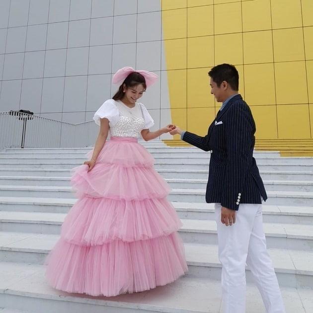 장영란♥한창, 부부의 날에 서로 향한 사랑 가득…여전히 신혼 같네