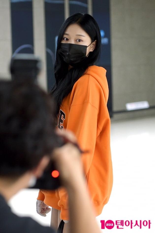 [TEN 포토] 이달의소녀 현진 '아련한 눈빛'