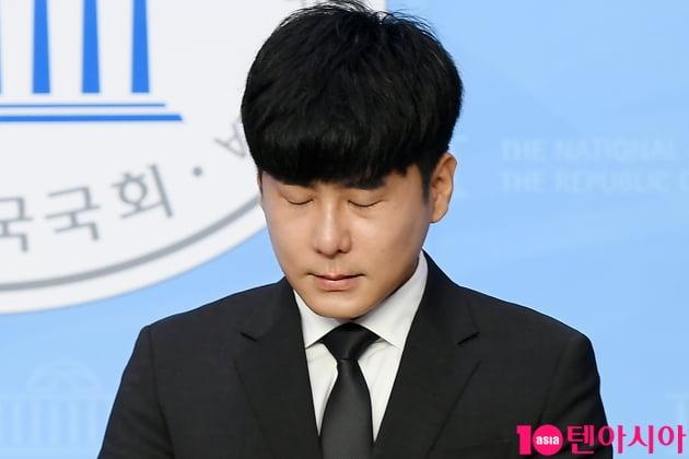 [TEN 포토] 故 구하라의 친오빠 구호인 '구하라법 통과 호소'