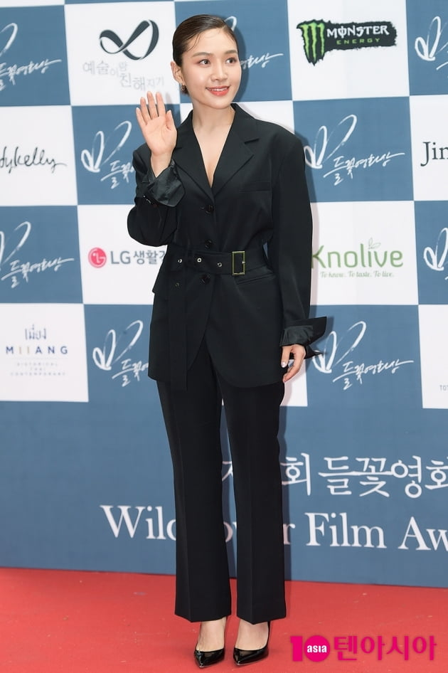 [TEN 포토] '들꽃영화상' 최희서, '블랙스완'