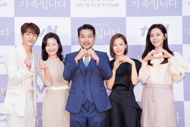 배우 신재하, 원미경, 정진영, 한예리, 추자현./사진제공=tvN