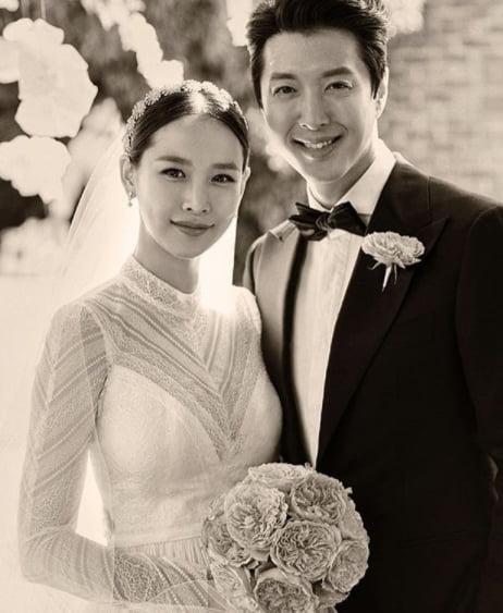 이동건 조윤희 결혼 사진