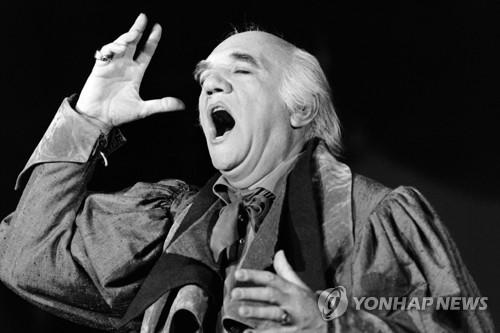 프랑스의 '20세기 최고 바리톤' 바키에 96세로 별세