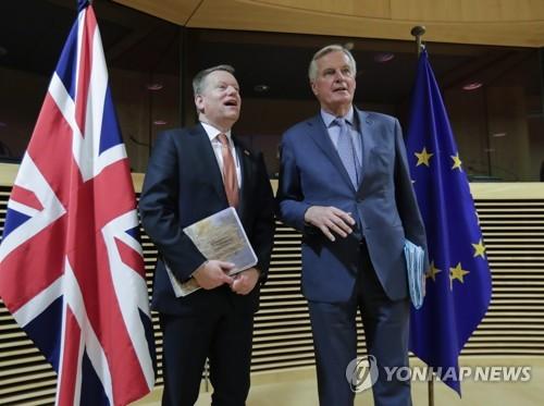 """영국 """"EU와 무역협정 위해 근본적 교착상태 타개해야"""""""