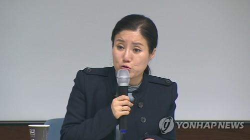 """'케어' 박소연 """"인도적인 동물 안락사""""…재판서 혐의 전면 부인"""