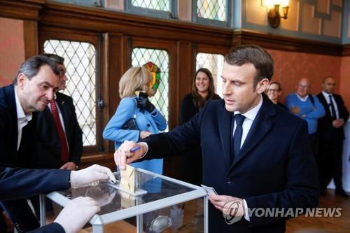 프랑스, 코로나19로 연기된 지방선거 내달 28일 치르기로