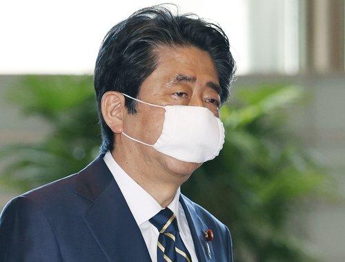 일본 정부, 불량마스크 납품업체와 또 수의계약 논란