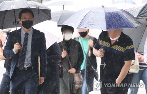 이춘재 8차사건 재심 법원, 국가기록원 보관 체모 2점 압수영장(종합)
