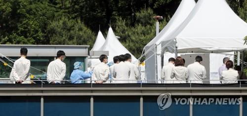 '의료진 감염' 삼성서울병원 역학조사 기간 2주 전까지 확대(종합)