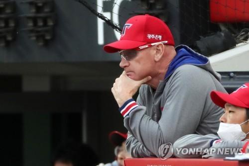 """윌리엄스 KIA 감독 """"좌완 김명찬, 속구·변화구 다 좋아"""""""