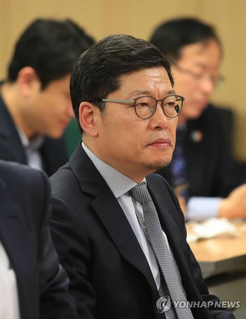 """이정동 특보 """"혁신 실패서 재기하도록 예산 1% 써야"""""""