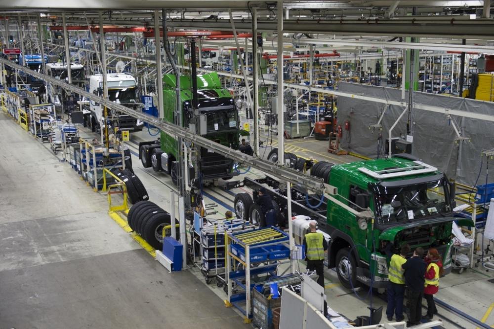 볼보트럭, 스웨덴 생산공장 가동 재개