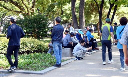 """삶의 만족도 떨어진 한국인…다섯명 중 한명 """"외롭다"""""""