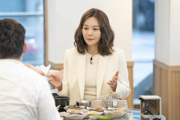김세아 스캔들 이후 5년만에 방송 복귀 /사진=SBS플러스 '김수미의 밥은 먹고 다니냐?'