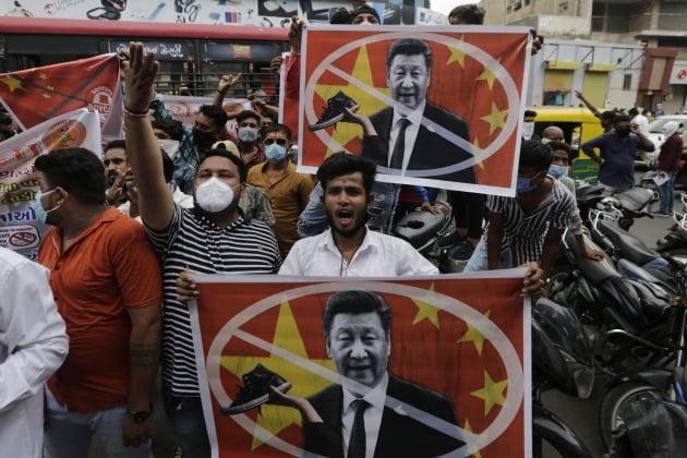 인도에서 벌어지는 반중시위 [사진=AP 연합뉴스]