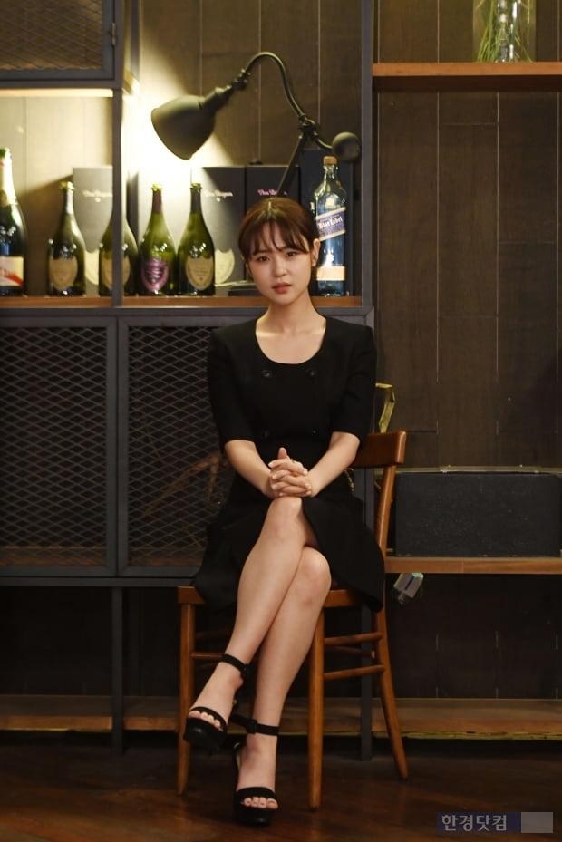 배우 심은우가 한경닷컴과의 인터뷰에 앞서 포즈를 취하고 있다. 최혁 한경닷컴 기자 chokob@hankyung.com