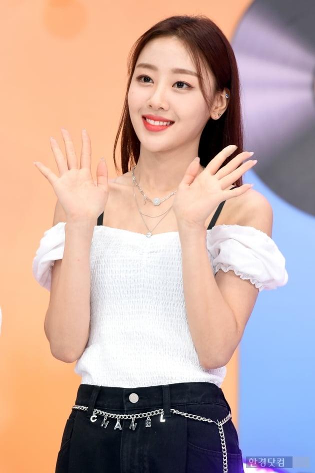 [포토] 이달의 소녀 이브, '오늘도 예쁨~'