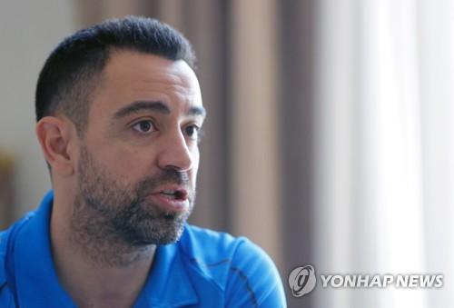 """바르샤, 세티엔-선수단 갈등… 차기 감독은 사비? """"적절한 순간에 돌아가고파"""""""