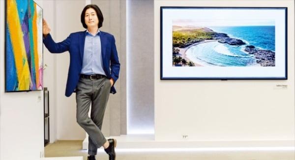 "LG전자 ""TV는 가전 아닌 인테리어의 일부…얇고 예쁜 제품 계속 나올 것"""