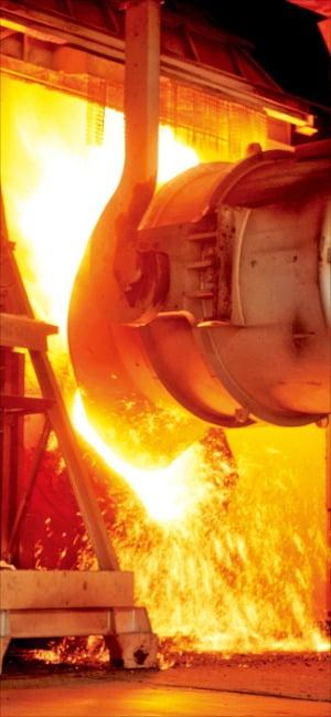포스코, 사상 첫 유급휴업…강철기업도 못 버텼다