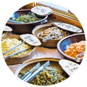 창포마을, 창포물에 머리 감고 산나물 비빔밥 먹고 '힐링'