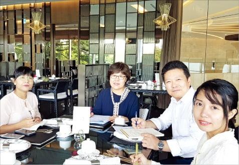 양곤외국어대학교 교수진과 개최한 토픽(TOPIK) 확대 관련 간담회