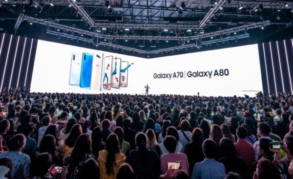 지난해 4월 10일 삼성전자가 태국 방콕에서  'A 갤럭시 이벤트'를 열고 '갤럭시A80'을 소개했다/사진제공=삼성전자