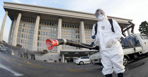 [사진톡톡] 전염병이 유행하는 것을 미리 막다 - '방역'