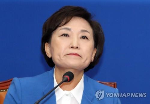 취임 3주년 김현미 국토부 장관…투기세력과 전쟁 끝내 이길까