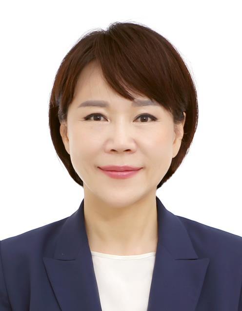 '에이즈 10년 소송' 변론…외유내강형 전현희 권익위원장
