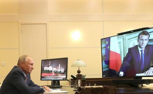 """푸틴-마크롱, 화상회담…""""리비아·시리아·우크라 등 집중 논의""""(종합)"""
