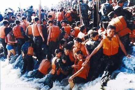 중국은 28일째 폭우경보…어른거리는 1998년 대홍수 악몽