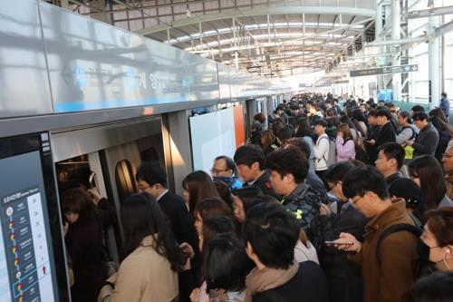 공항철도 출·퇴근시간대 배차간격 18∼24초 늘어난다
