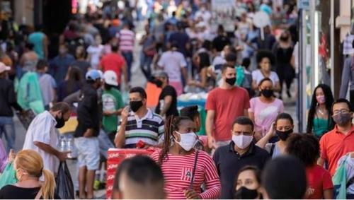 '마스크는 선택 아닌 필수'…브라질, 착용 의무화 확산할듯