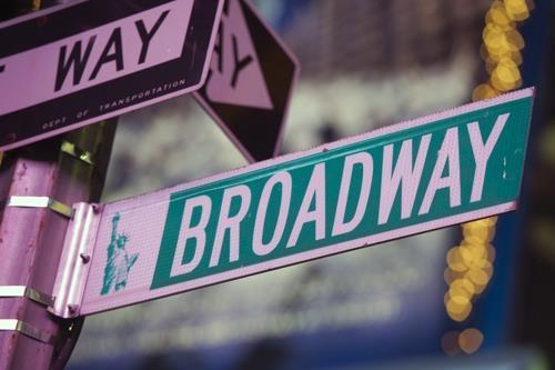 뉴욕 브로드웨이 뮤지컬 올해는 못볼듯…내년초까지 셧다운 연장